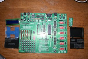 EasydsPIC4 Development board